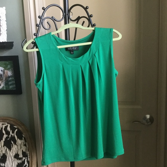 3d5b47433924f7 Kasper Tops | Emerald Colored Shell | Poshmark